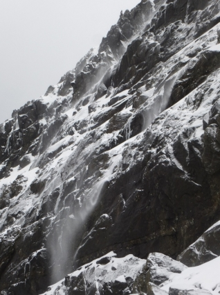 Waterfalls of hailstones2 (600x800)